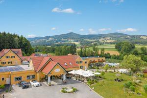 Luftbild - Hotel Grüne Au